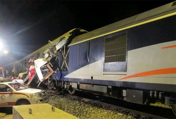 26 نفر از مسافران قطار تهران رشت مصدوم شدند