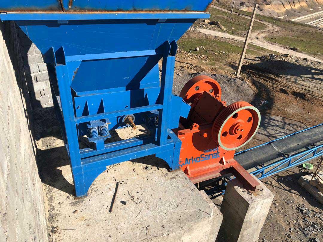 فک و فیدر قیمت خط تولید سنگ شکن دست دوم جهت فروش