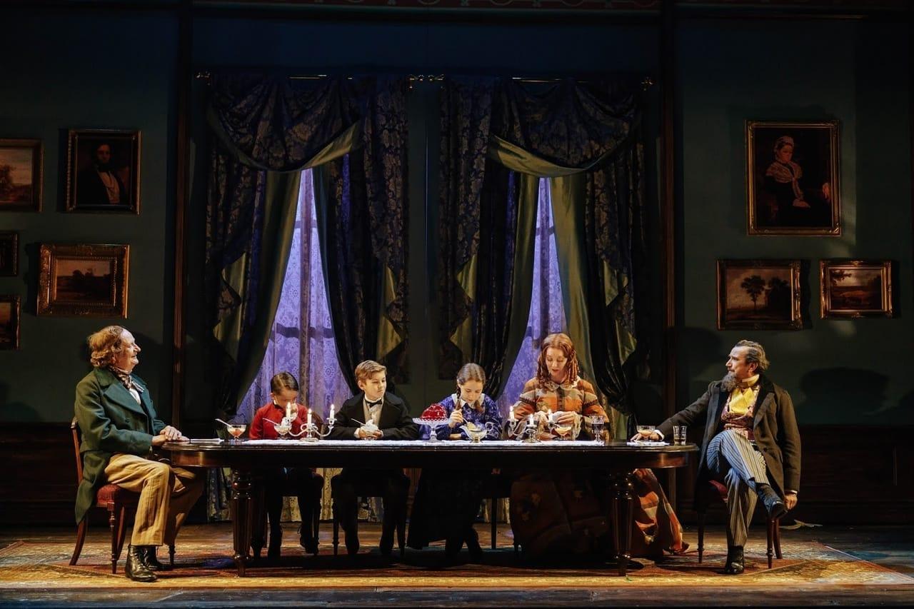 نمایشنامه یک ماجرای خیلی خیلی خیلی سیاه اثر مارتین مک دونا