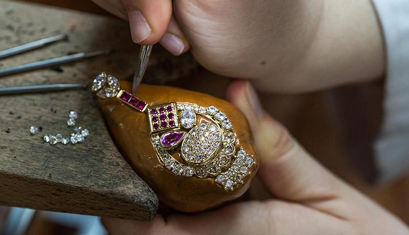 آموزش هنر جواهرسازی