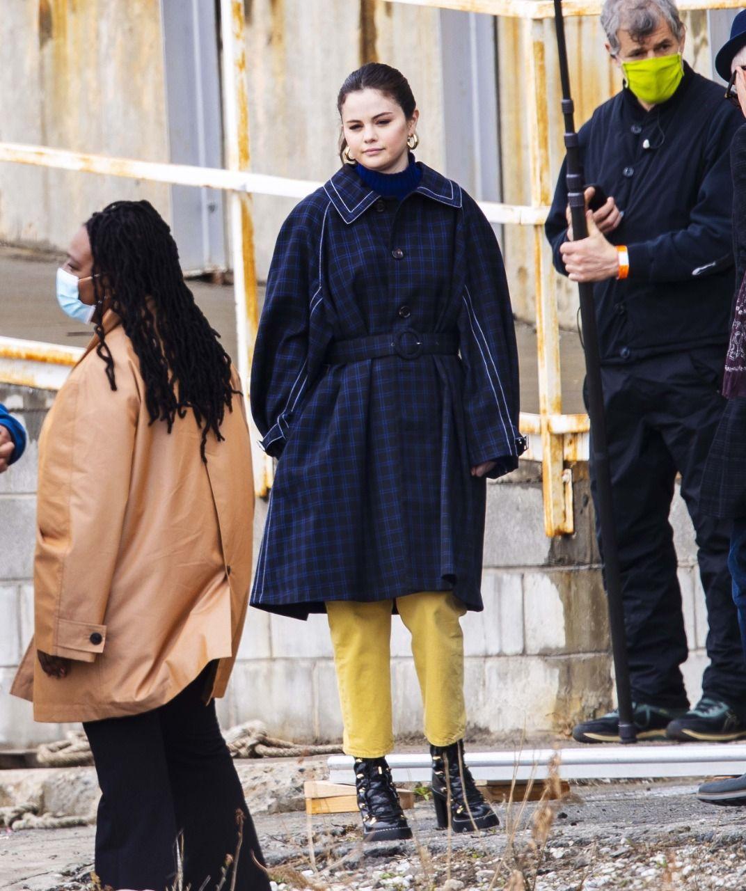 عکس های جدید منتشر شده از سلنا در نیویورک سر ست فیلمبرداری سریال Only murders in the building